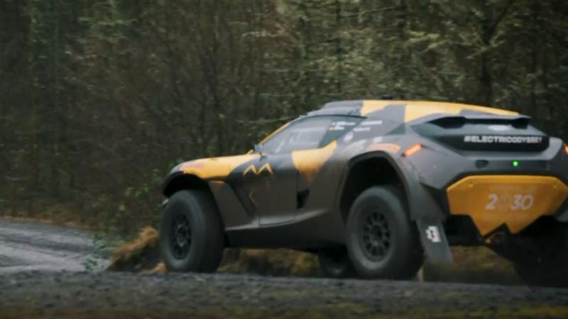 Extreme E: Jenson Button testet Elektro-SUV