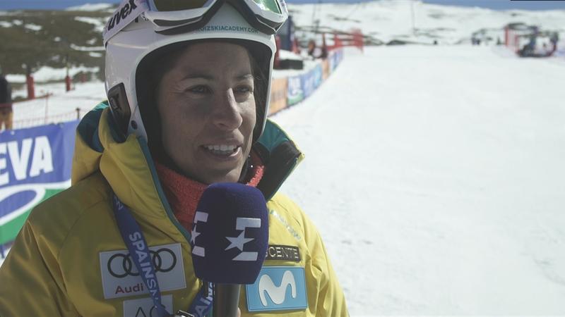 Copa del Mundo, Snowboardcross: Carolina Ruiz, una estrella del esquí ayudando al equipo de SBX