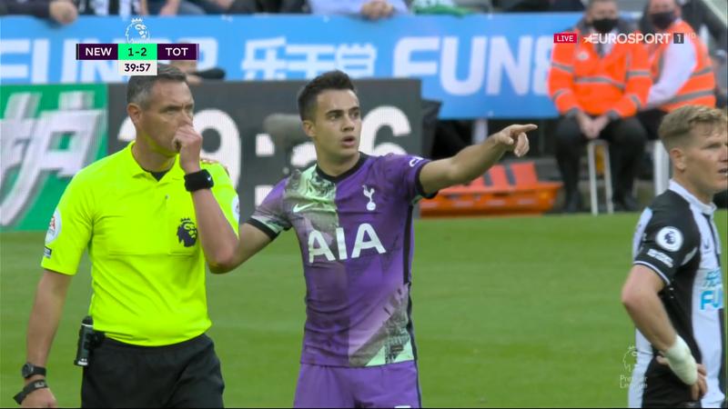 Momente de panică la Newcastle – Tottenham! Jucătorii au părăsit terenul: un spectator, resuscitat