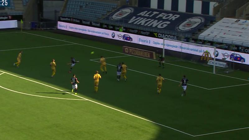 Zlatan Ibrahimovic or Even Østensen? Viking forward scores incredible acrobatic effort