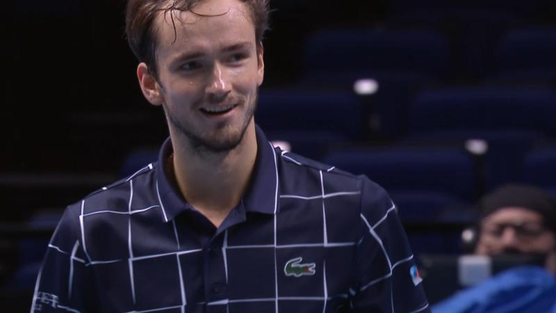 Rezumat: Medvedev, victorie de senzație în fața lui Nadal, în semifinale, la Turneul Campionilor
